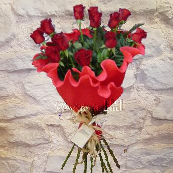 Rosas Espectaculares de gran tamaño, conseguidas gracias a su cultivo artesanal.. Floristeria Barcelona